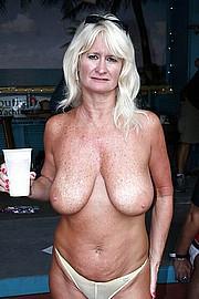granny_big_boobs30.jpg