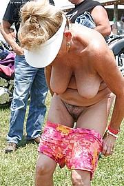 granny_big_boobs35.jpg