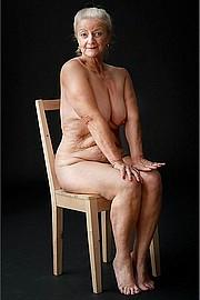 granny_big_boobs38.jpg