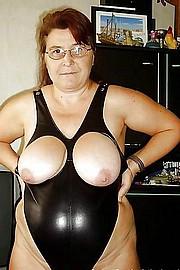 granny_big_boobs17.jpg