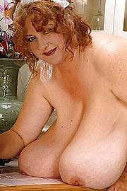 granny_big_boobs18.jpg