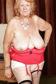 granny_big_boobs39.jpg