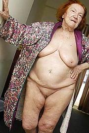 granny_big_boobs49.jpg