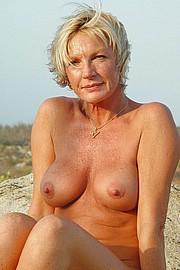 old-granny-sluts275.jpg