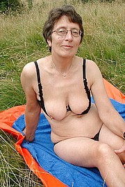 granny-big-boobs016.jpg