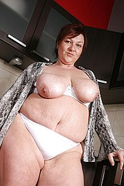 granny-big-boobs034.jpg