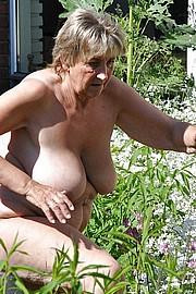 granny-big-boobs044.jpg