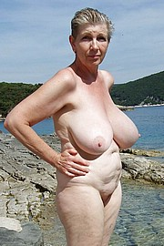 granny-big-boobs057.jpg