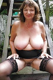 granny-big-boobs078.jpg