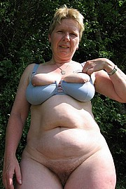 granny-big-boobs084.jpg