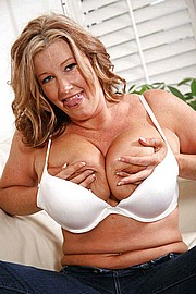 granny-big-boobs133.jpg
