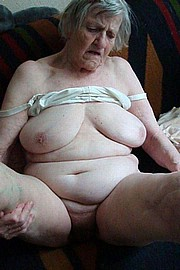 granny-big-boobs162.jpg