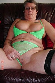 granny-big-boobs196.jpg
