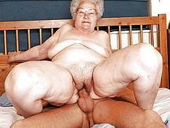 old-granny-sluts218.jpg