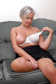 granny_gf11.jpg