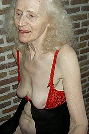 old-granny-sluts66.jpg
