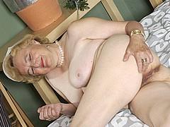 old-granny-slut21.jpg