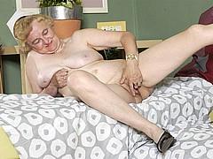 old-granny-slut44.jpg