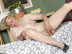 old-granny-slut47.jpg