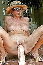 sexy-grannies30.jpg