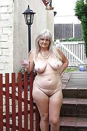 sexy-granny011.jpg