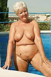 sexy-granny015.jpg