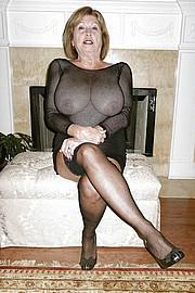 sexy-granny024.jpg
