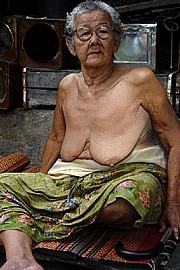 sexy-granny025.jpg