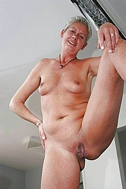 porn_granny15.jpg