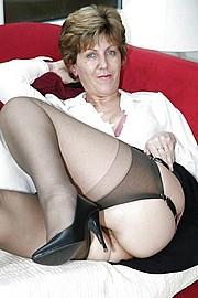 sexy-granny005.jpg