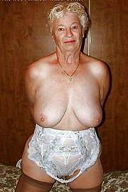 sexy-granny016.jpg