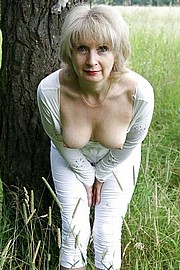 sexy-granny018.jpg