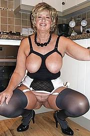 sexy-granny023.jpg