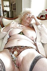 sexy-granny030.jpg