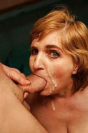 grannie-blow-jobs11.jpg