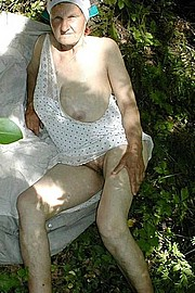 grannies56.jpg