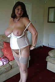 granny-sex200.jpg
