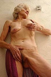 granny-sex205.jpg