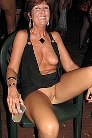 granny-sex276.jpg