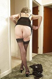 granny-sex295.jpg