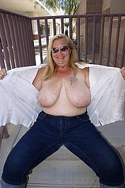granny-sex303.jpg