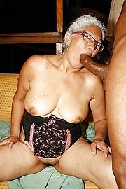 granny-sex308.jpg