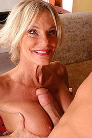 granny-sex338.jpg