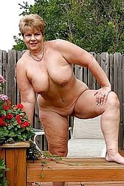 granny-sex339.jpg
