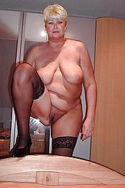 granny-sex350.jpg
