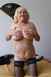 granny-sex358.jpg
