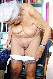 granny-sex367.jpg