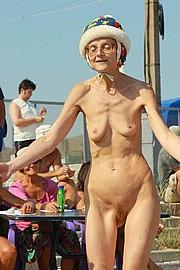 granny-sex371.jpg
