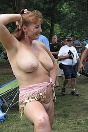 granny-sex379.jpg