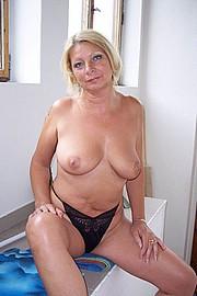 granny-sex391.jpg